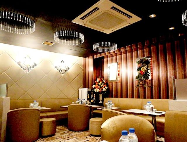 Club Eleven[クラブ イレブン](銀座キャバクラ)のバイト求人・体験入店情報Photo2