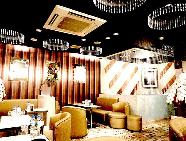 Club Eleven[クラブ イレブン](銀座キャバクラ)のバイト求人・体験入店情報Photo3