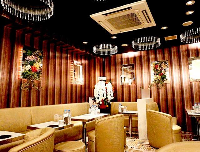 Club Eleven[クラブ イレブン](銀座キャバクラ)のバイト求人・体験入店情報Photo1