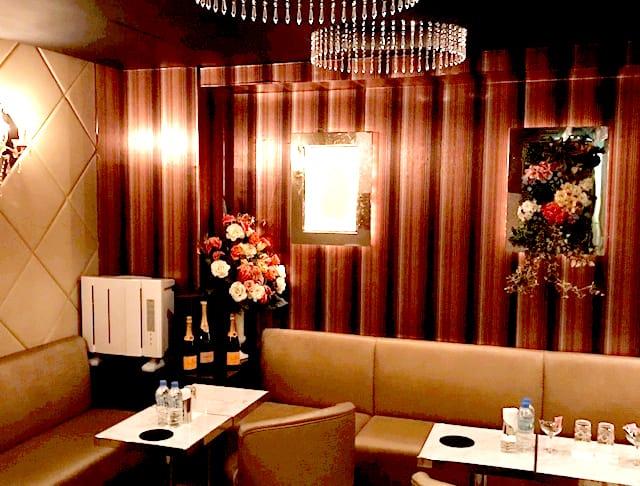 Club Eleven[クラブ イレブン](銀座キャバクラ)のバイト求人・体験入店情報Photo4