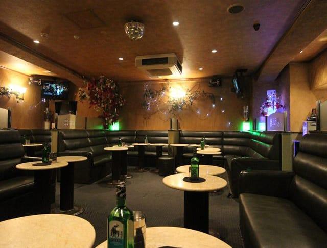 PUB CLUB CECIL[パブクラブ セシル](立川キャバクラ)のバイト求人・体験入店情報Photo4
