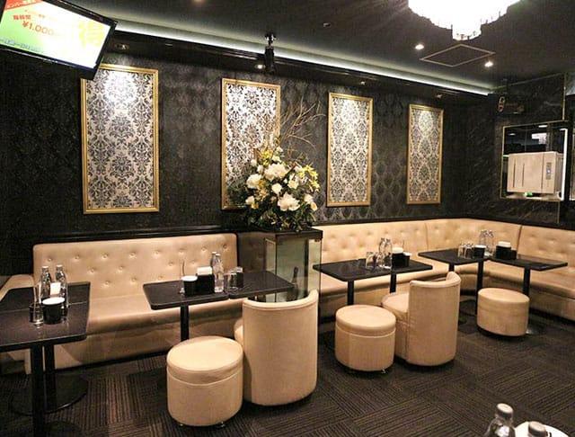 Luxury salon emu[エミュー](蒲田キャバクラ)のバイト求人・体験入店情報Photo2