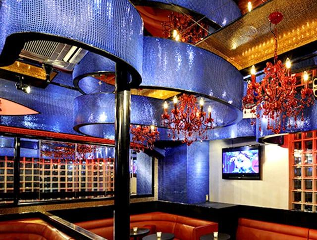 New Club Ria[リア](吉祥寺キャバクラ)のバイト求人・体験入店情報Photo1