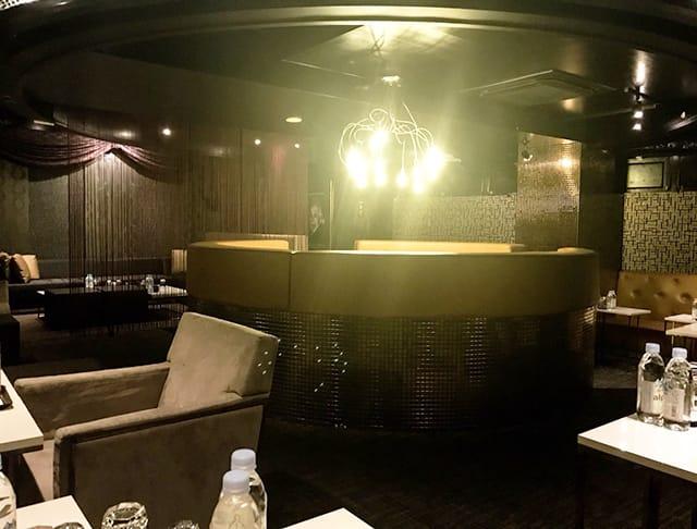 LUXURY FLOOR XING[ラグジュアリーフロア シン](吉祥寺キャバクラ)のバイト求人・体験入店情報Photo3
