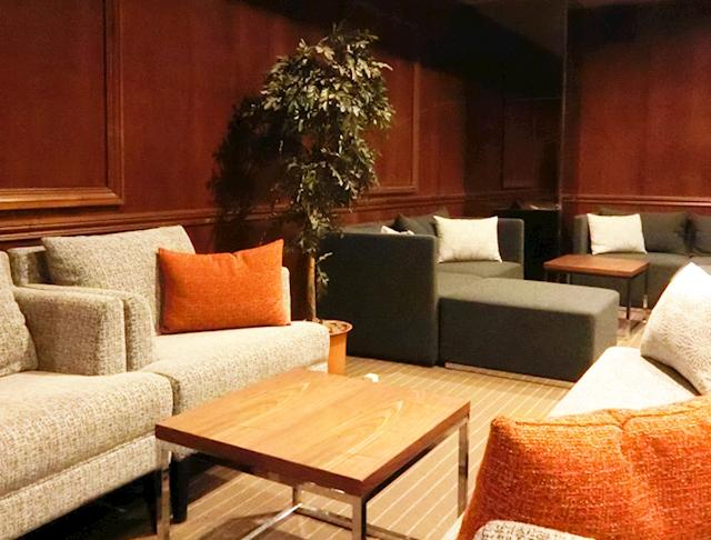 Lu's Luxe Lounge[ルーズリュクスラウンジ]  (神田キャバクラ)のバイト求人・体験入店情報Photo1