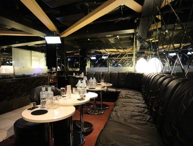 Club La Tour[ラトゥール](府中キャバクラ)のバイト求人・体験入店情報Photo1