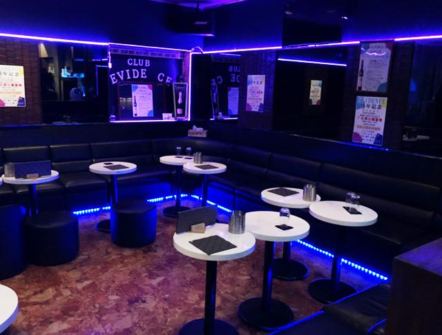 Club EVIDENCE [エヴィデンス](川口キャバクラ)のバイト求人・体験入店情報Photo1