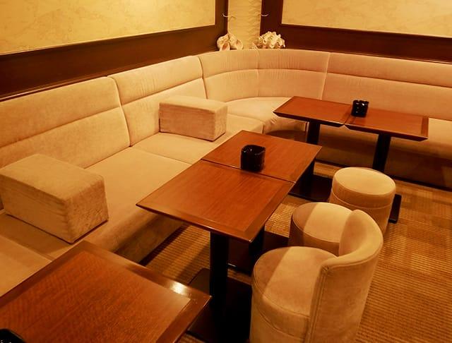 シーコンパス(銀座キャバクラ)のバイト求人・体験入店情報Photo1