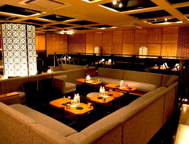 azian club[アジアンクラブ](歌舞伎町キャバクラ)のバイト求人・体験入店情報Photo1