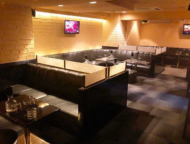 Club VOGUE[クラブ ヴォーグ](大和キャバクラ)のバイト求人・体験入店情報Photo1
