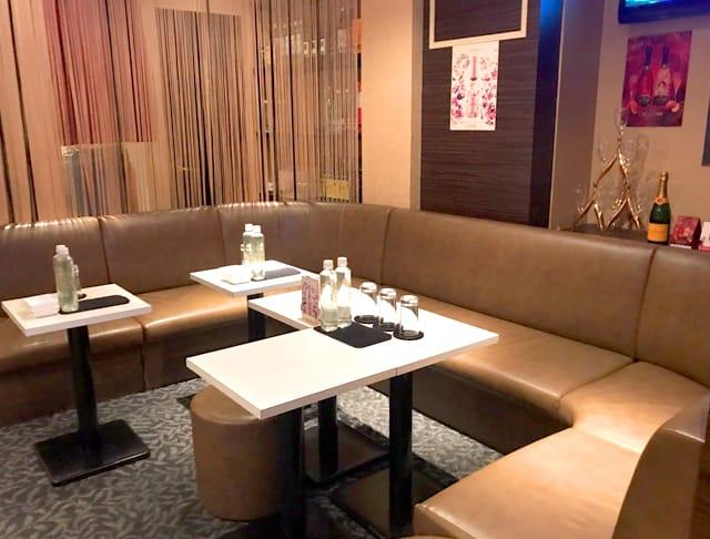 club ハーレム[クラブ ハーレム](新橋キャバクラ)のバイト求人・体験入店情報Photo2