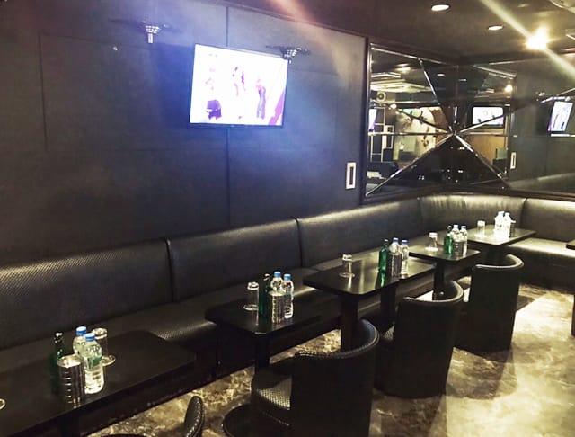 Pub phoenix[フェニックス](大宮キャバクラ)のバイト求人・体験入店情報Photo2