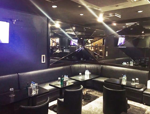Pub phoenix[フェニックス](大宮キャバクラ)のバイト求人・体験入店情報Photo3