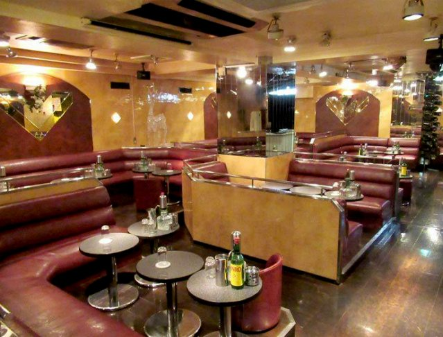 Club DINO[ディーノ](上野キャバクラ)のバイト求人・体験入店情報Photo1