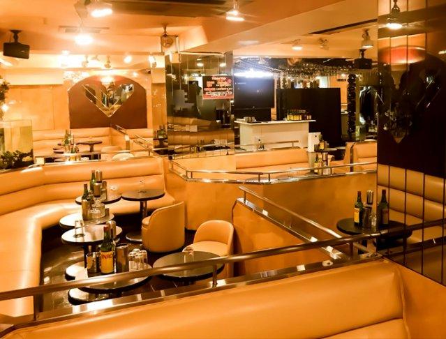 Club DINO[ディーノ](上野キャバクラ)のバイト求人・体験入店情報Photo4