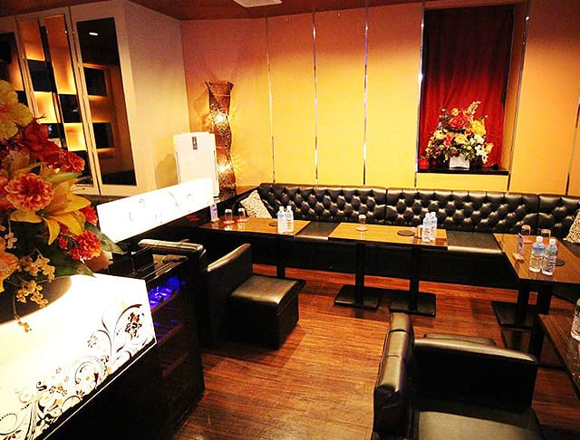 RICH[リッチ](上野キャバクラ)のバイト求人・体験入店情報Photo3