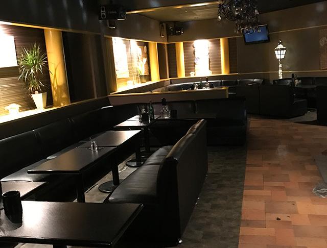 club ハチミツ ハイパー(所沢キャバクラ)のバイト求人・体験入店情報Photo1