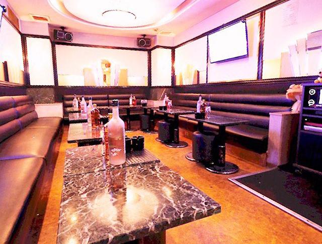 Club Aaliyah[クラブ アリーヤ](蒲田キャバクラ)のバイト求人・体験入店情報Photo1