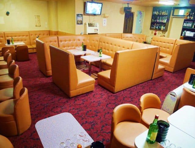 Casual Pub MAX[カジュアルパブ マックス](藤沢キャバクラ)のバイト求人・体験入店情報Photo2