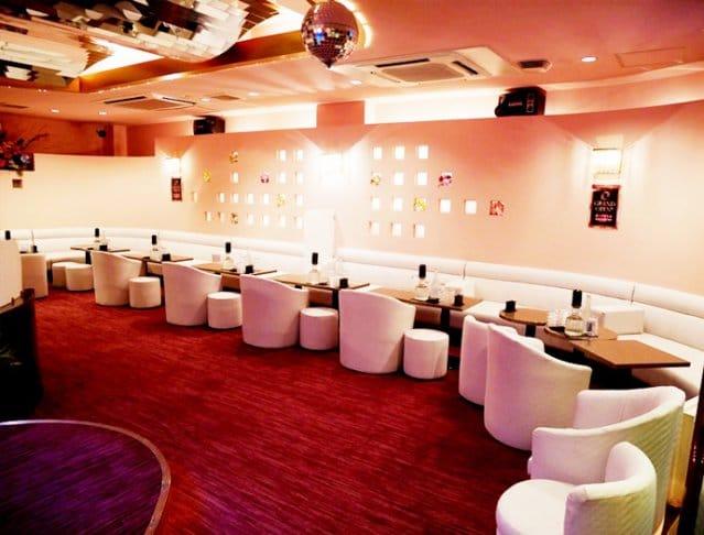 club O [クラブ オー](関内キャバクラ)のバイト求人・体験入店情報Photo2
