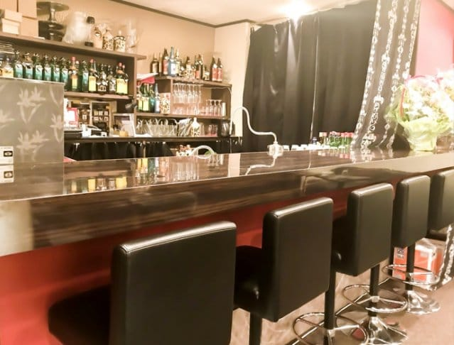 LOUNGE 小粋 SHOP GALLERY 2