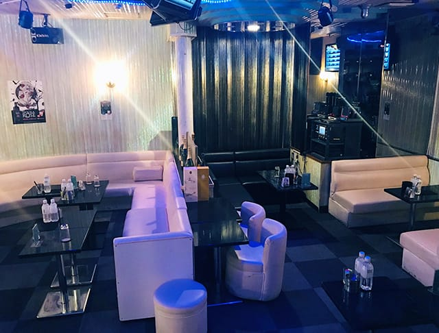 Club Feel[クラブ フィール]  (赤羽キャバクラ)のバイト求人・体験入店情報Photo1