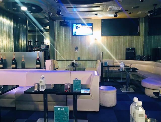 Club Feel[クラブ フィール]  (赤羽キャバクラ)のバイト求人・体験入店情報Photo3