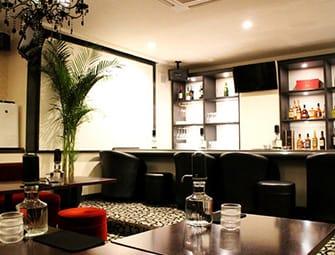 Loungeグリーンwest[ラウンジ グリーンウエスト]横浜西口(横浜キャバクラ)のバイト求人・体験入店情報Photo1