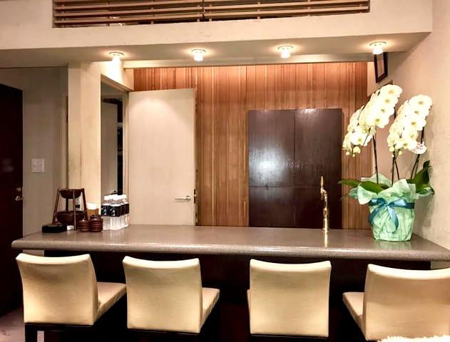 ミニクラブ 亜門[あもん](吉祥寺キャバクラ)のバイト求人・体験入店情報Photo1