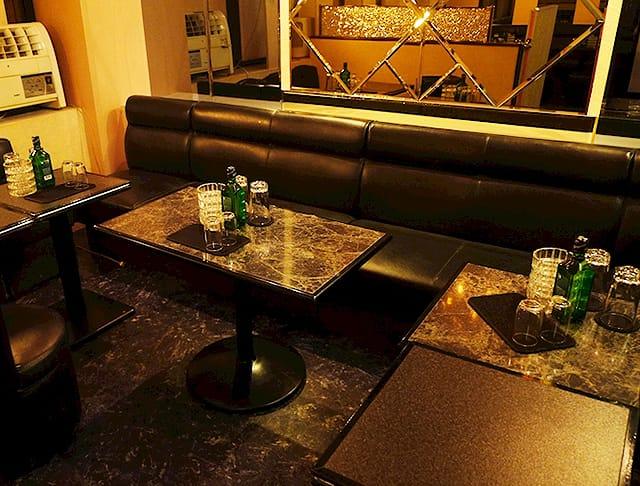 Club Dear-na[クラブディアーナ](府中キャバクラ)のバイト求人・体験入店情報Photo1