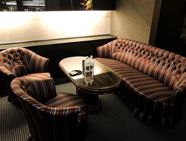 Royal Lounge 華[ロイヤルラウンジ ハナ] SHOP GALLERY 3