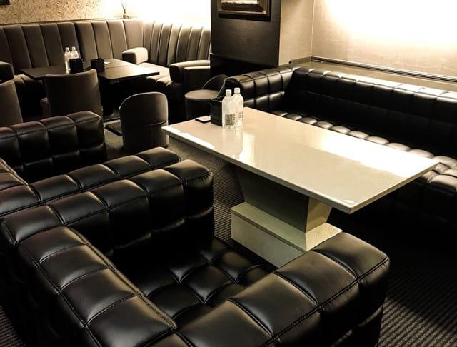 Royal Lounge 華[ロイヤルラウンジ ハナ] SHOP GALLERY 4