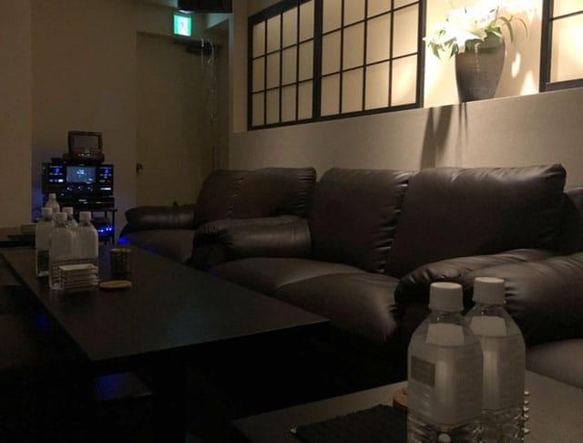 LOUNGE Lien[リアン](新宿キャバクラ)のバイト求人・体験入店情報Photo1