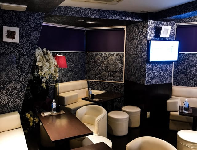 Arrow Lounge&karaoke [アローラウンジ&カラオケ] 練馬 キャバクラ SHOP GALLERY 1