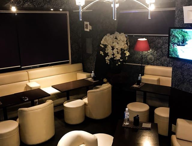 Arrow Lounge&karaoke [アローラウンジ&カラオケ](練馬キャバクラ)のバイト求人・体験入店情報Photo2