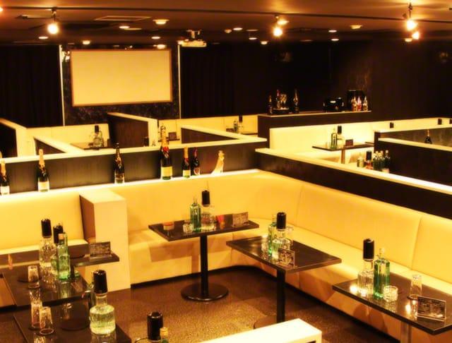 Club Regend[レジェンド](川越キャバクラ)のバイト求人・体験入店情報Photo2