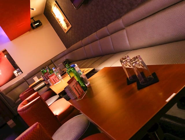 Club SENKA[センカ](千葉キャバクラ)のバイト求人・体験入店情報Photo4