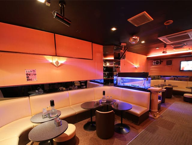 club Lowe [レーヴェ](川崎キャバクラ)のバイト求人・体験入店情報Photo3
