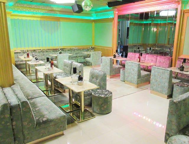 Luxury Club PLATINUM[プラチナム](西船橋キャバクラ)のバイト求人・体験入店情報Photo2