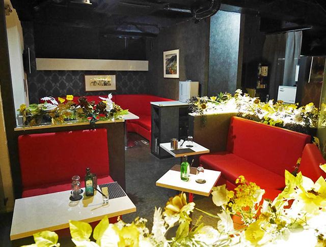 CLUB SHINE GOLD[シャインゴールド](八王子キャバクラ)のバイト求人・体験入店情報Photo1