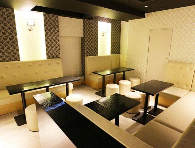 club Rosanna[ロザーナ](関内キャバクラ)のバイト求人・体験入店情報Photo2