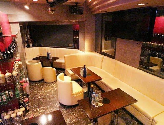 【朝・昼キャバ】A's Asian club(エース)(赤羽キャバクラ)のバイト求人・体験入店情報Photo2