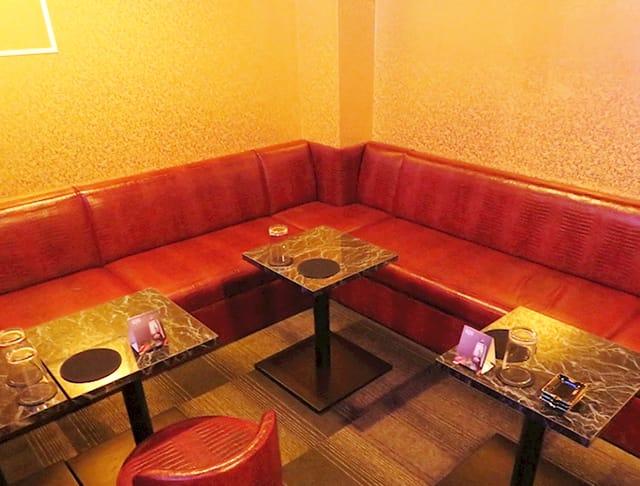 Club 輝夜(カグヤ)(神田キャバクラ)のバイト求人・体験入店情報Photo3