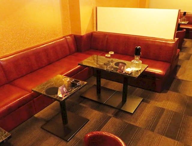 Club 輝夜(カグヤ)(神田キャバクラ)のバイト求人・体験入店情報Photo4