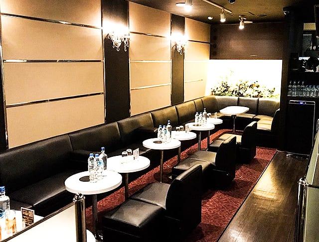 Club PROMESSA[クラブプロメッサ](南越谷キャバクラ)のバイト求人・体験入店情報Photo1