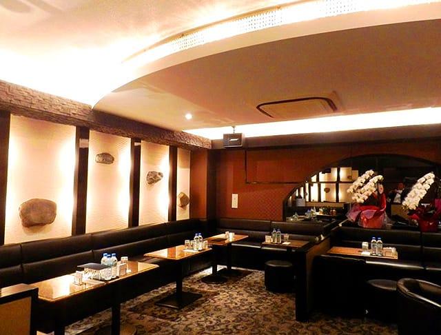 Club Ammon[アモン](南越谷キャバクラ)のバイト求人・体験入店情報Photo1