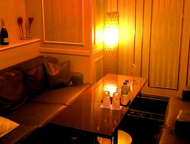 Club Ammon[アモン](南越谷キャバクラ)のバイト求人・体験入店情報Photo2