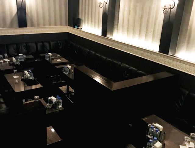 Royal Salon De Parfum[ロイヤルサロン・ドゥ・パルファン](錦糸町キャバクラ)のバイト求人・体験入店情報Photo2