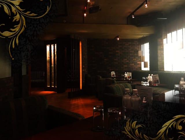 DEVOCION(ディヴォーション)【公式求人情報】 歌舞伎町 キャバクラ SHOP GALLERY 1