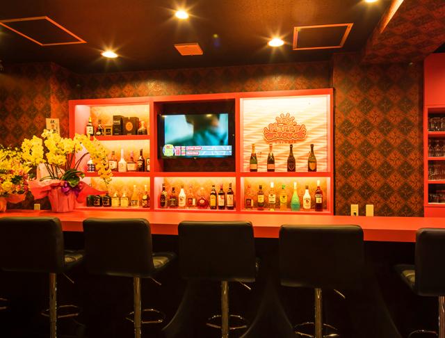 Girls Bar Happy Toy(ハッピートイ) 池袋ガールズバー SHOP GALLERY 2